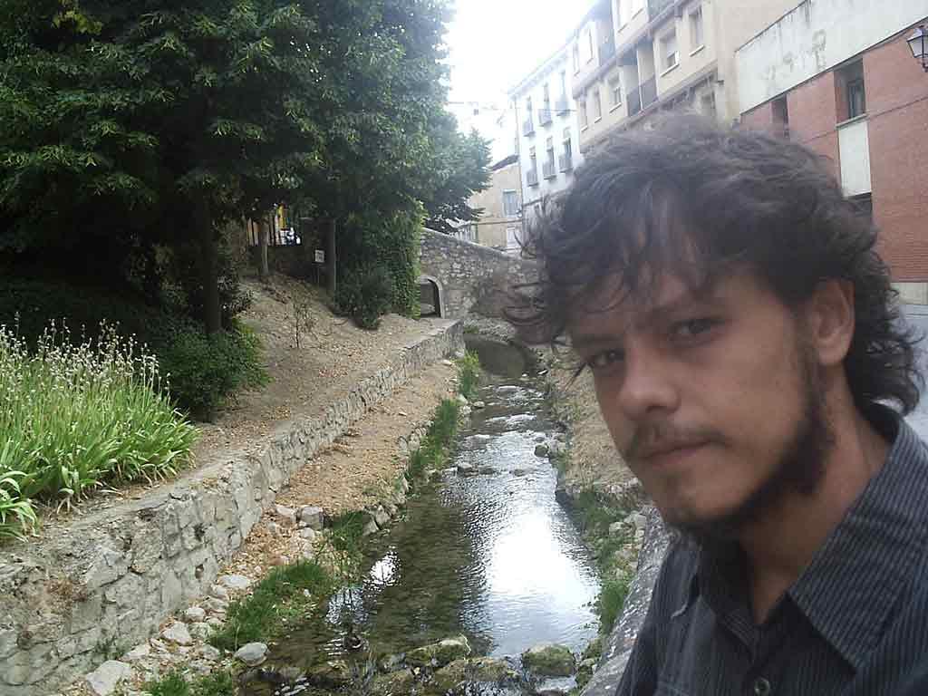 el poeta Adolfo Gonzalez- Aviles 1982
